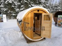 Smuk udendørs have sauna Iglu design om vinteren med panoramavinduet