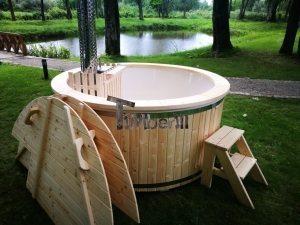 Træfyrede vildmarksbad til 6-8 personer med snorkel trævarmer