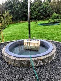 indbygget udendørs spa bad model